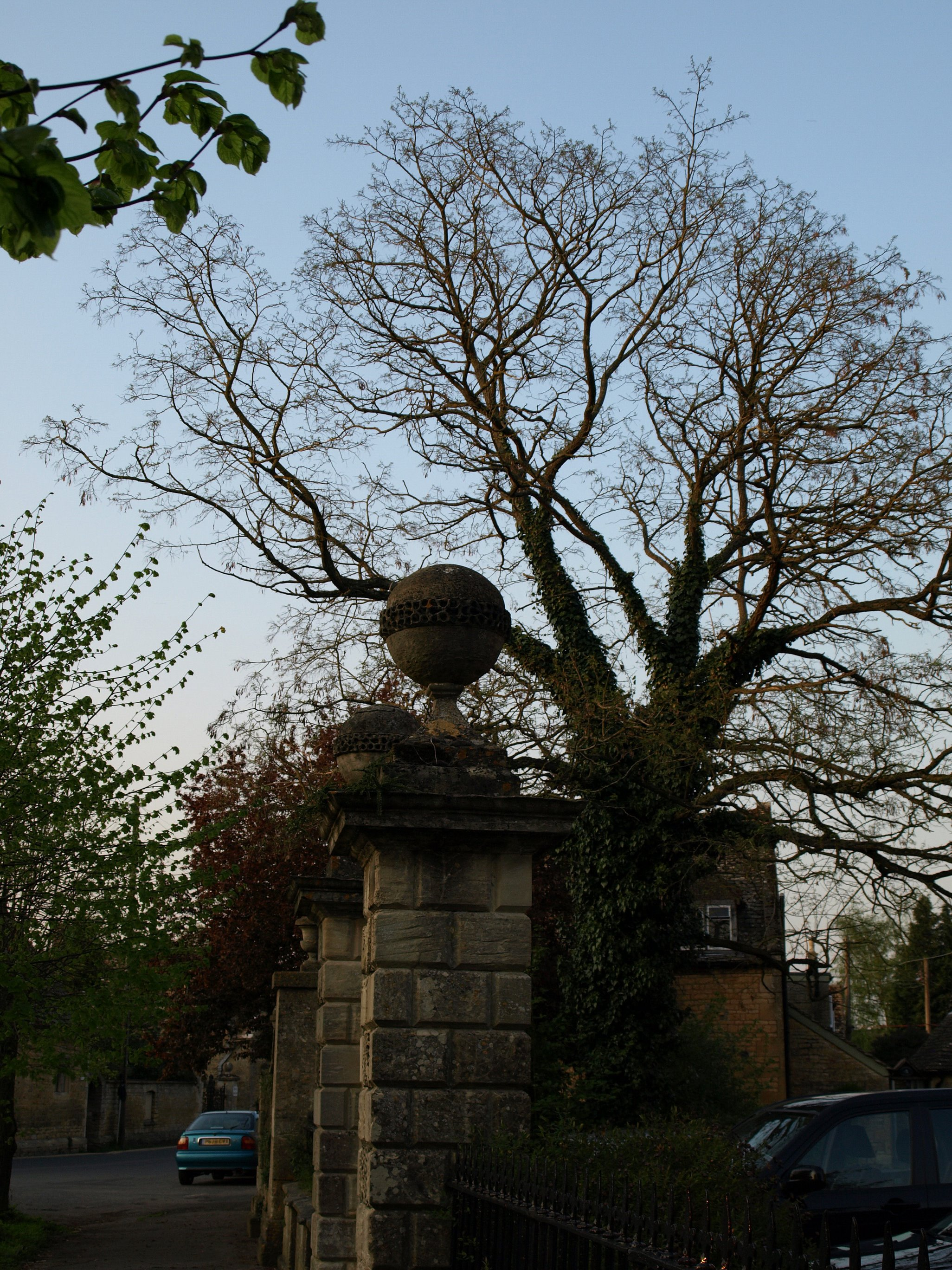 Orb on the Gate